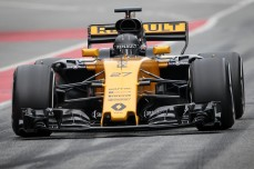 Nico Hulkenberg (GER) Renault Sport F1 Team RS17. Formula One Testing, Day 2, Wednesday 8th March 2017. Barcelona, Spain.