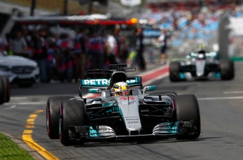 Formel 1 - Mercedes-AMG Petronas Motorsport, Großer Preis von Australien 2017. Lewis Hamilton ; Formula One - Mercedes-AMG Petronas Motorsport, Australian GP 2017. Lewis Hamilton;
