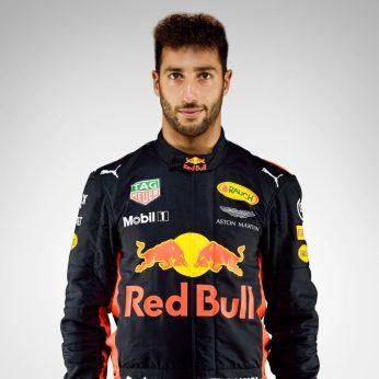 Daniel Ricciardo- 3